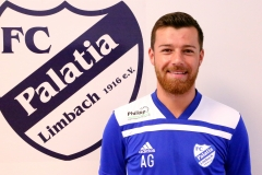 Alex Graf, Angriff